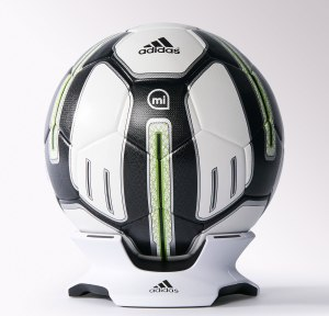 MIcoach smartball 2